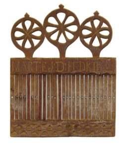 Hand-carved standard heddle with 26 slots and 27 holes for weaving narrow bands - Decorative Woodcarving
