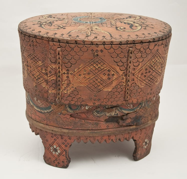 Stave constructed box with a bentwood band surrounding the lower half Back - Decorative Woodcarving