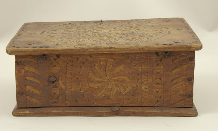 Needlework box with flat hinged cover with pegged corners back- Decorative Woodcarving