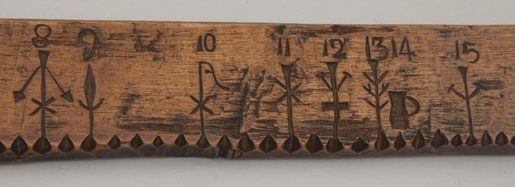 Calendar stick 8-15 - Decorative Woodcarving