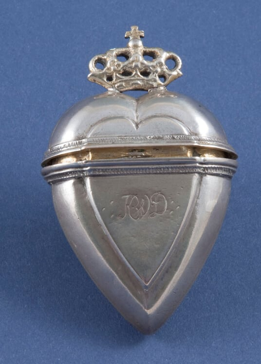 Perfume bottle with simple monograms on the front and back - Norwegian Metalworking