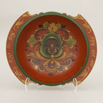 Bowl is typical of early twentieth century tourist items from Norway - Rosemaling