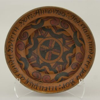 Bowl is typical of urban drinking bowl of the seventeenth or eighteenth century - Rosemaling & Decorative Painting