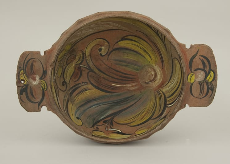 Bowl with Numedal style rosemaling that was probably painted by Sæbjørn Kverndalen - Rosemaling & Decorative Painting