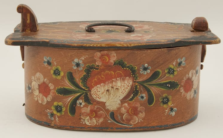 Bentwood box that has been nailed and stapled rather than lace joined - Rosemaling