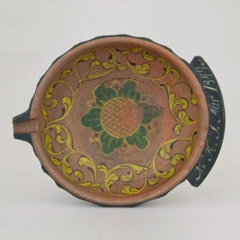 Low outflaring bowl with spout and wide shallow handle - Rosemaling