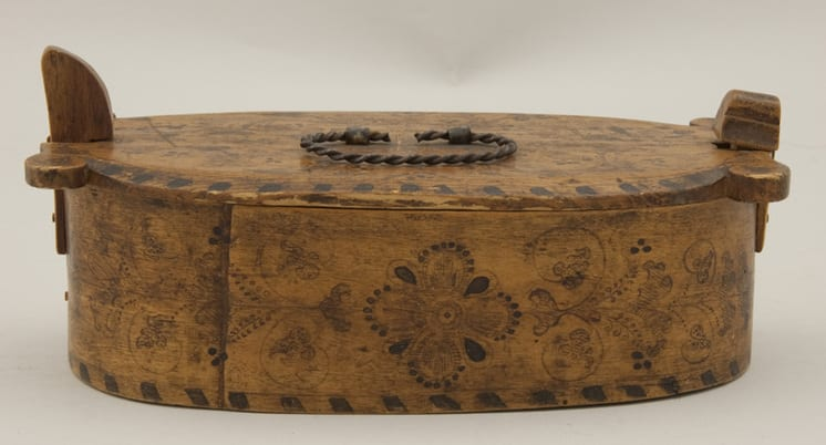 Bentwood box with fine ink drawings done and glued seam - Rosemaling