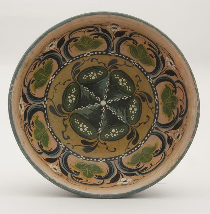 Turned bowl with interior decorative painting - Rosemaling