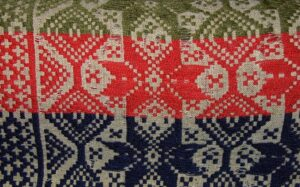 Coverlet with change of colors of center squares is hand inlay - Textiles