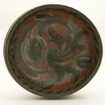 Vest-Agder style hand carved bowl - Rosemaling