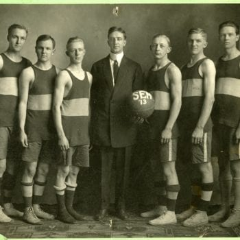 Basketball team photo for Willmar Seminary.