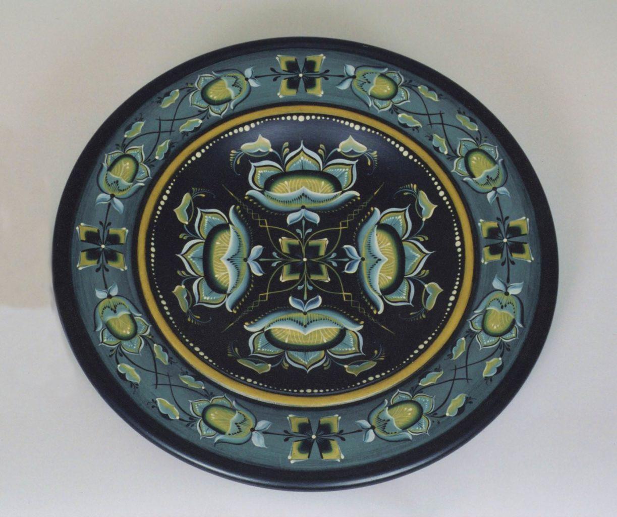 Vest Agder-style bowl © 2003 Catherine Coy Vest Agder-style bowl © 2003 Catherine Coy