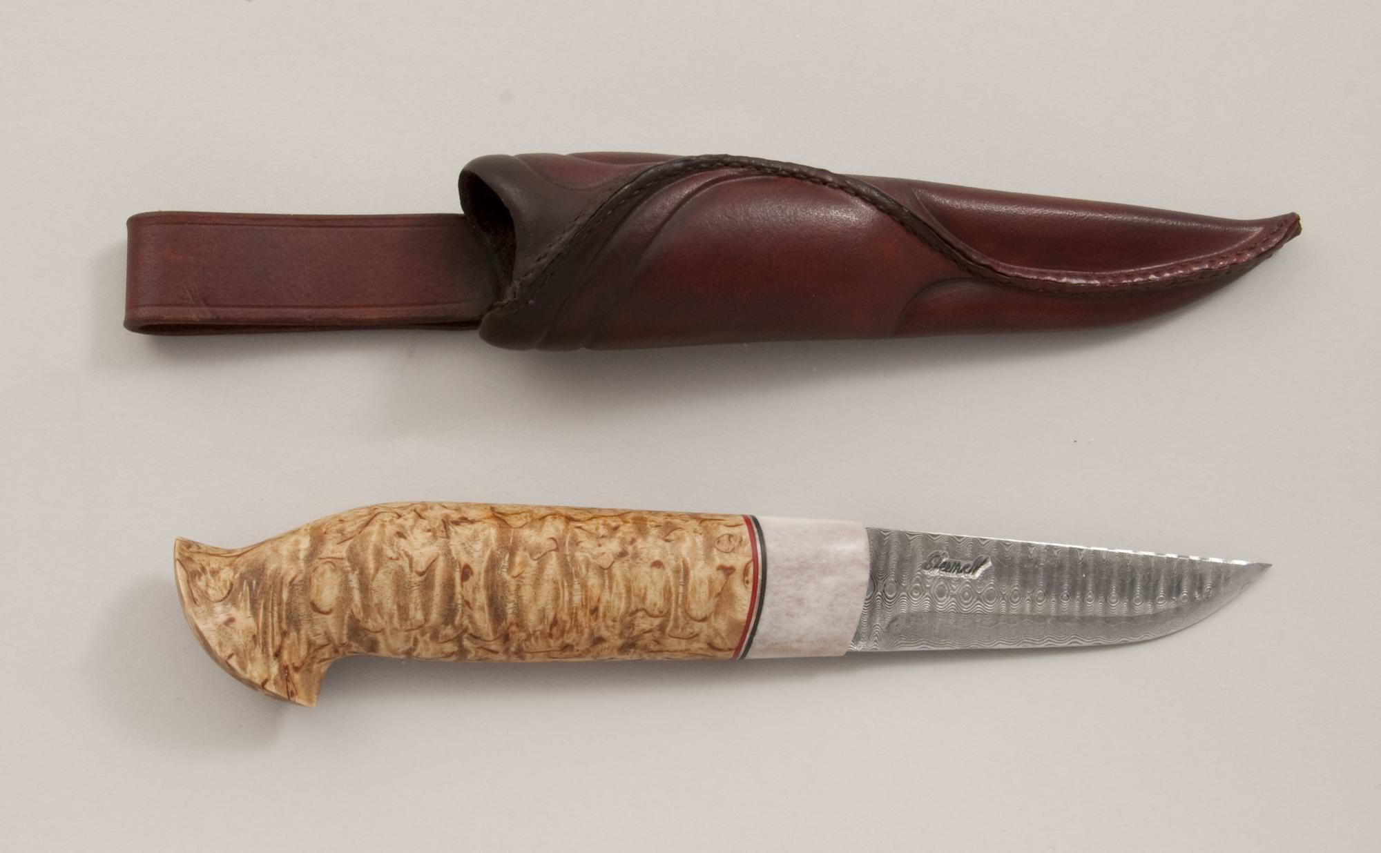 Knife with birch handle © 2010 Bruce Knutsen Knife with birch handle © 2010 Bruce Knutsen