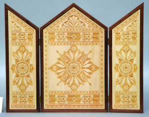 """""""Triptych"""" chip carving © 2007 John Roth """"Triptych"""" chip carving © 2007 John Roth"""